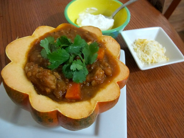 chili-with-toppings
