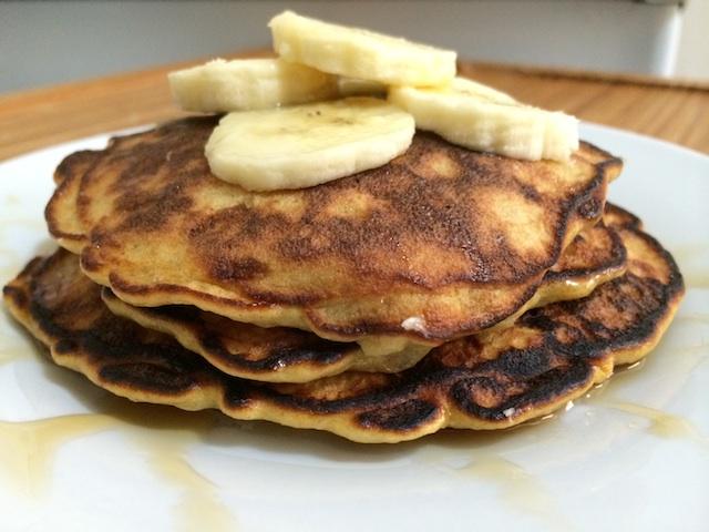 three-ingredient-banana-pancakes
