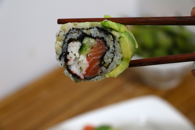 brown-rice-sushi-up-close