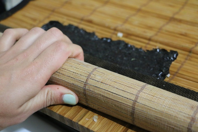 make-your-own-sushi-3