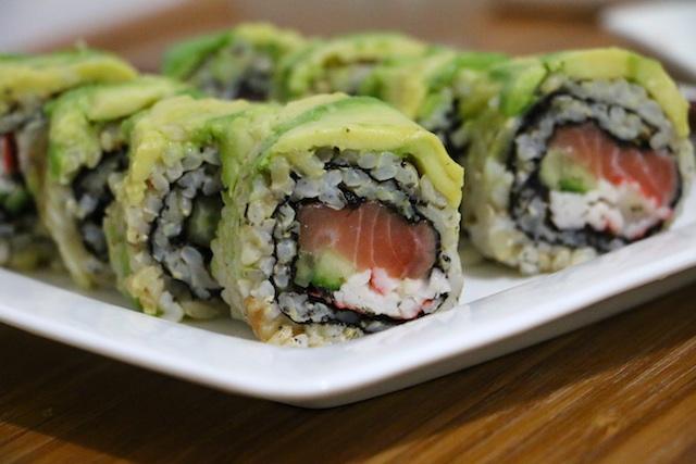 salmon-avocado-brown-rice-sushi