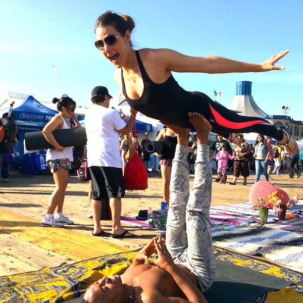 whitney-acro-yoga