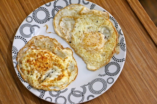 pasture-raised-eggs-v-cage-free