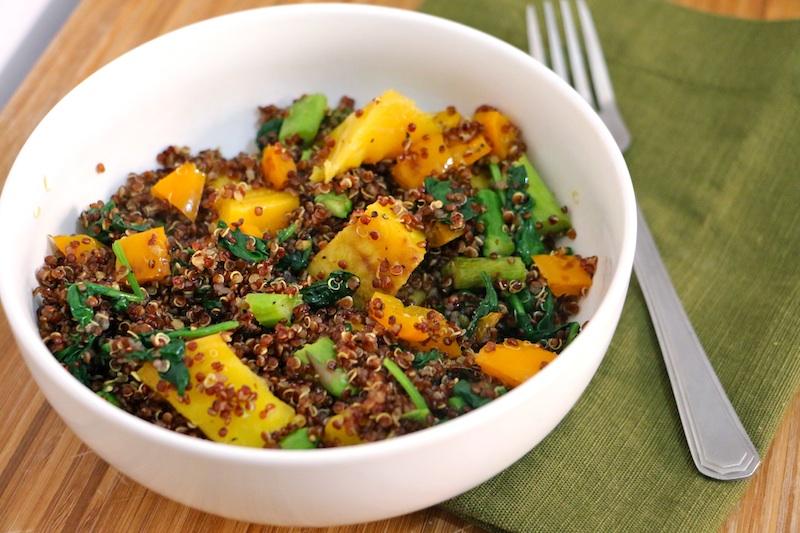 quinoa-bowl-up-close