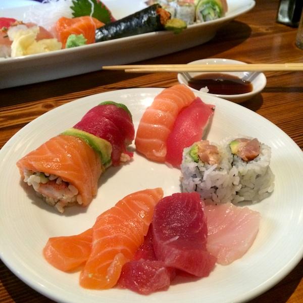 yellowtail sashimi calories - 600×600