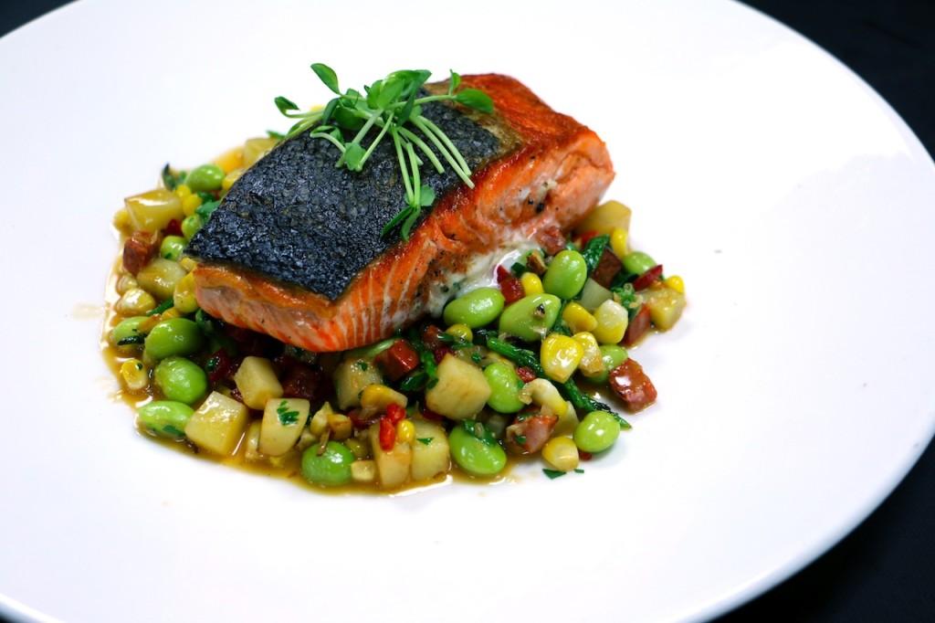 catch-salmon-a-la-plancha