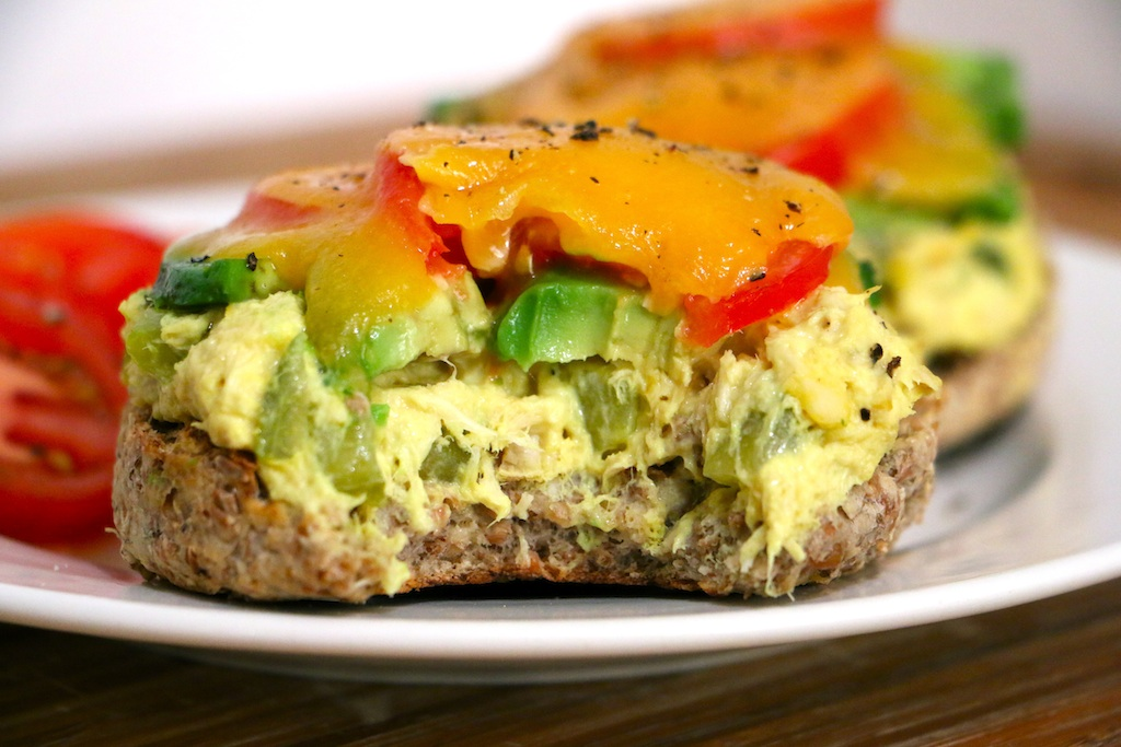 healthy-tuna-melt-bite