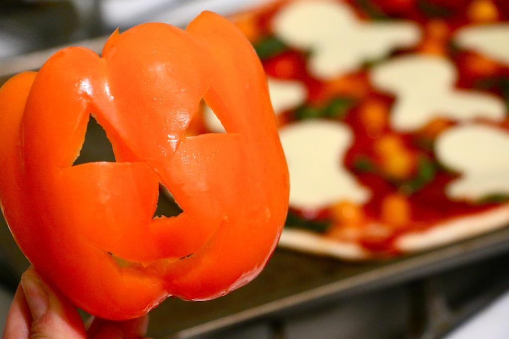jack-o-lantern-bell-pepper