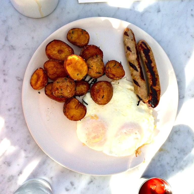 stir-market-egg=plate