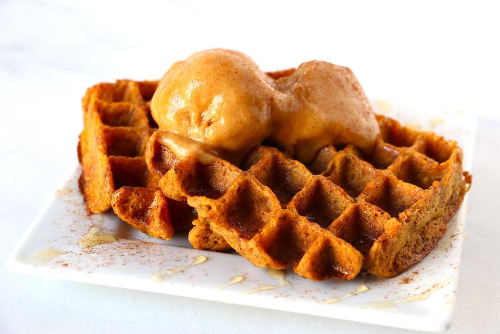 vegan-pumpkin-waffle-upclose