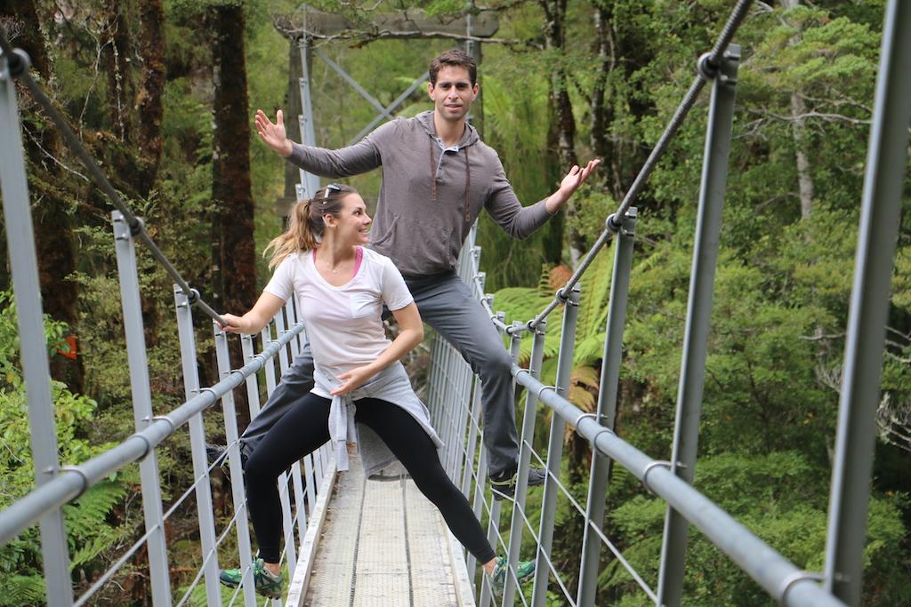 swing-bridge-whit-abe