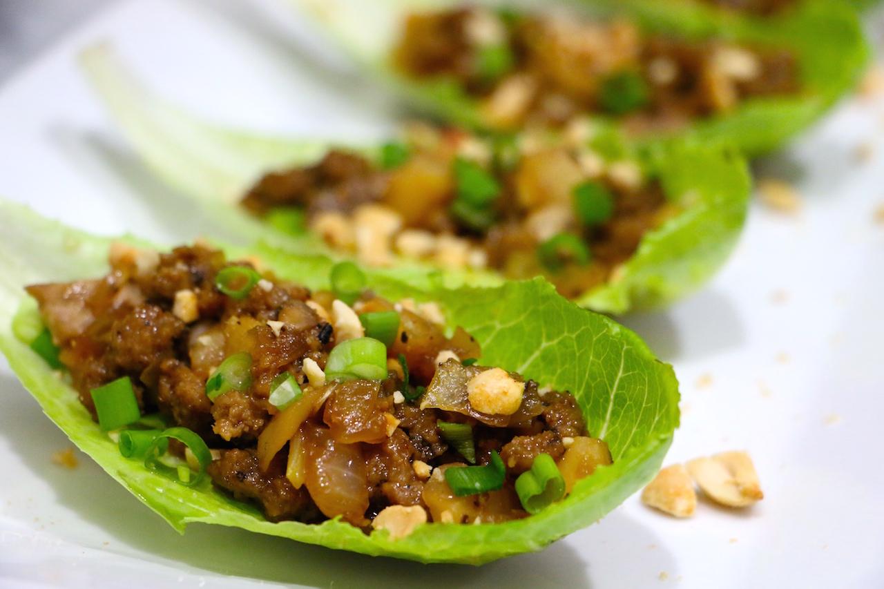 vegan-chicken-lettuce-wrap-up-close-2