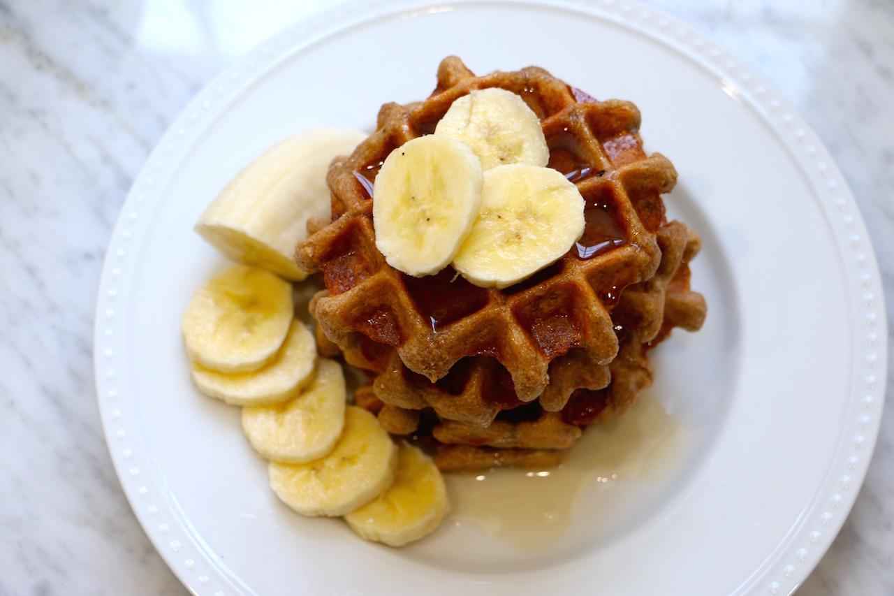 gluten-free-banana-belgium-waffles