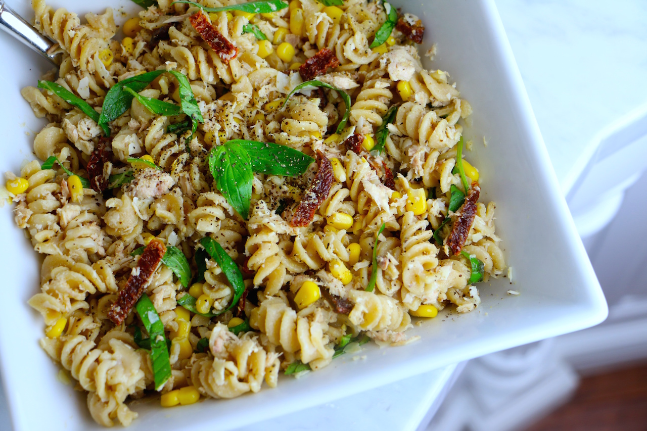 healthy-tuna-pasta-salad