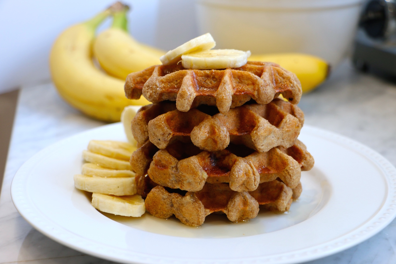 healthy-whole-grain-banana-waffles