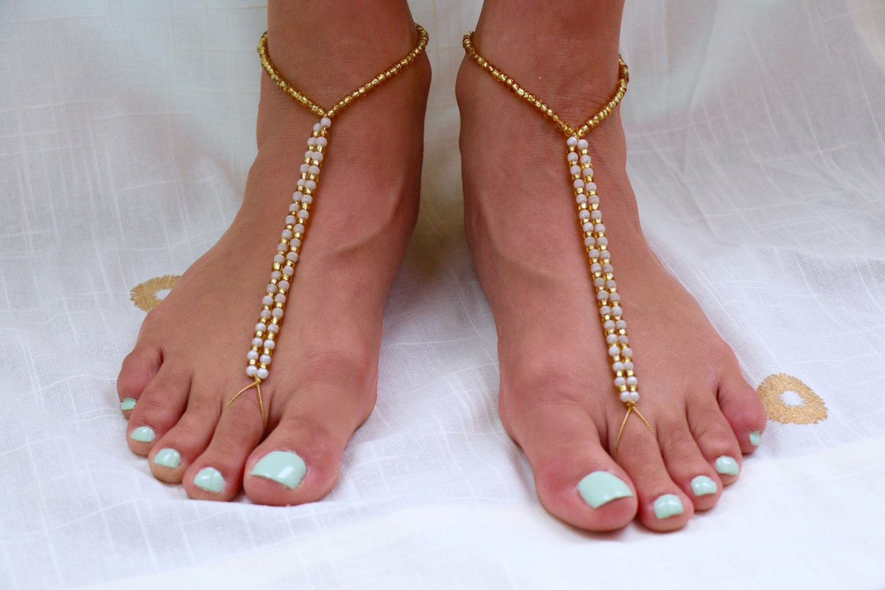 DIY Barefoot Sandals for a Beach Wedding