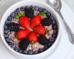 berry-overnight-oats-1024x682.jpg