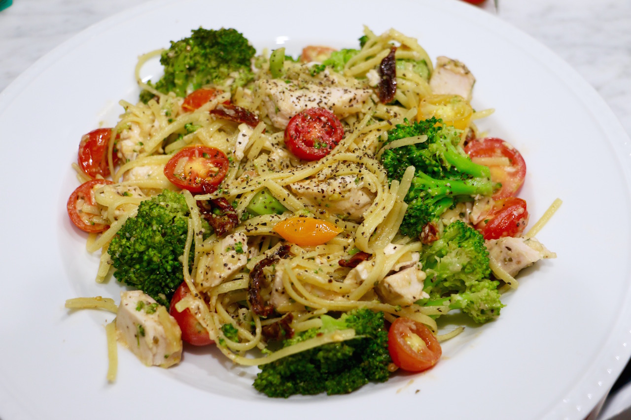 lightened-up-chicken-pasta-primavera