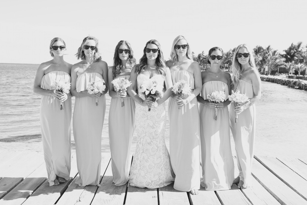 beach-bridesmaids-photo