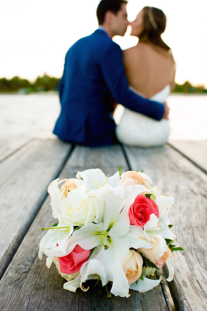 bridal-bouquet-beach