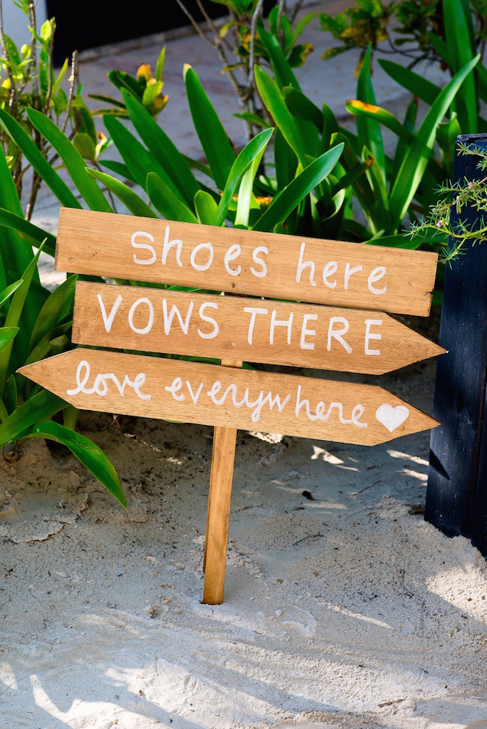 shoes-here-vows-there-sign