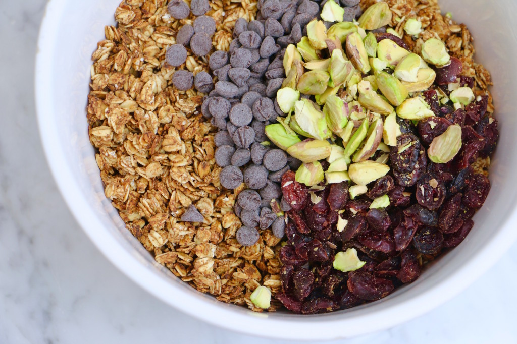 Dark Chocolate Cranberry Pistachio Granola