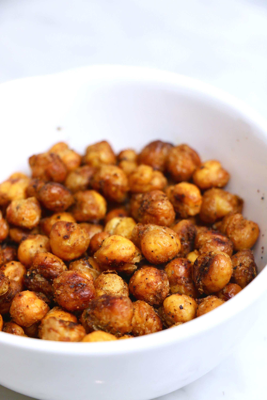 Healthy Spiced Roasted Chickpeas