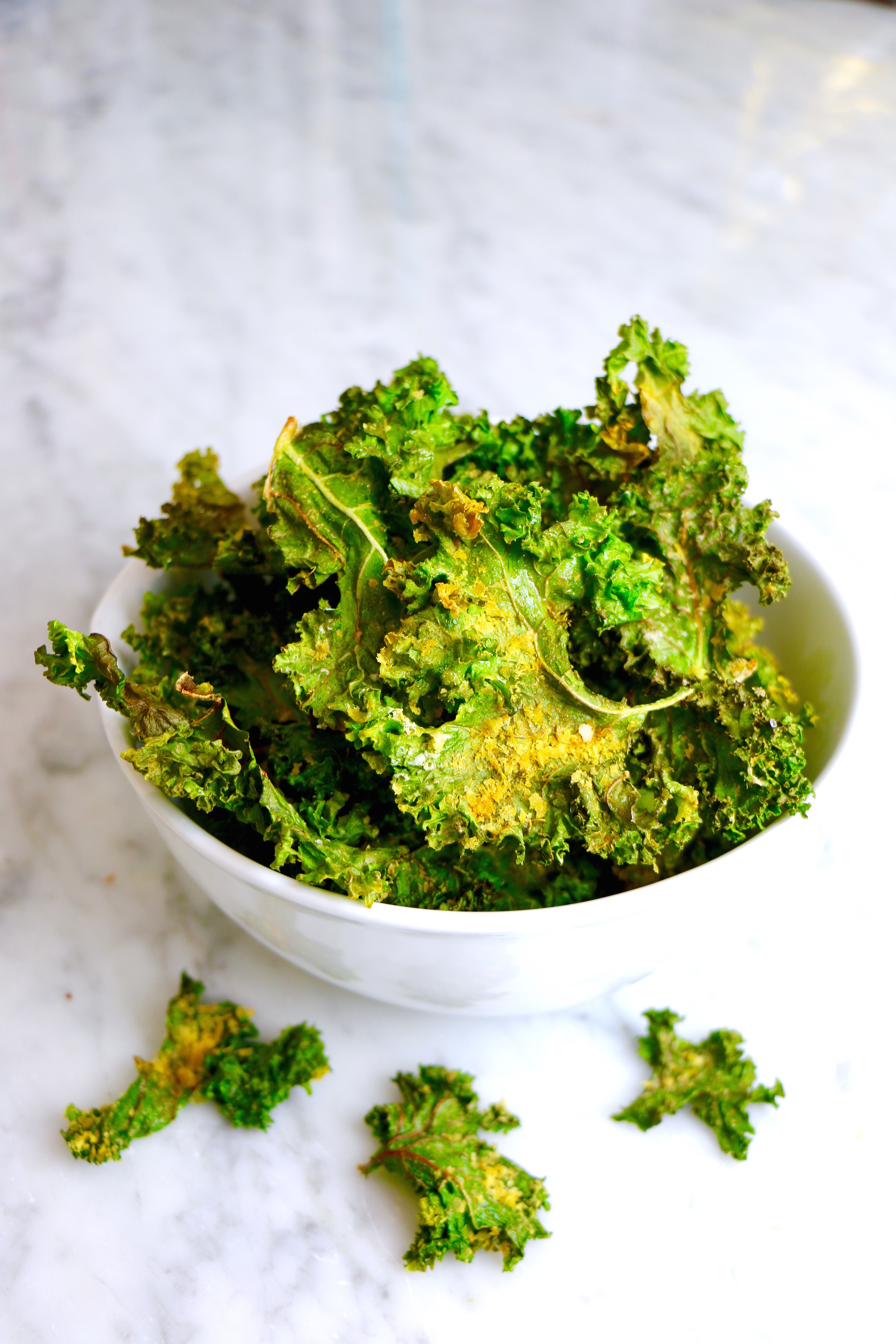 How to Make Vegan Cheese Kale Chips