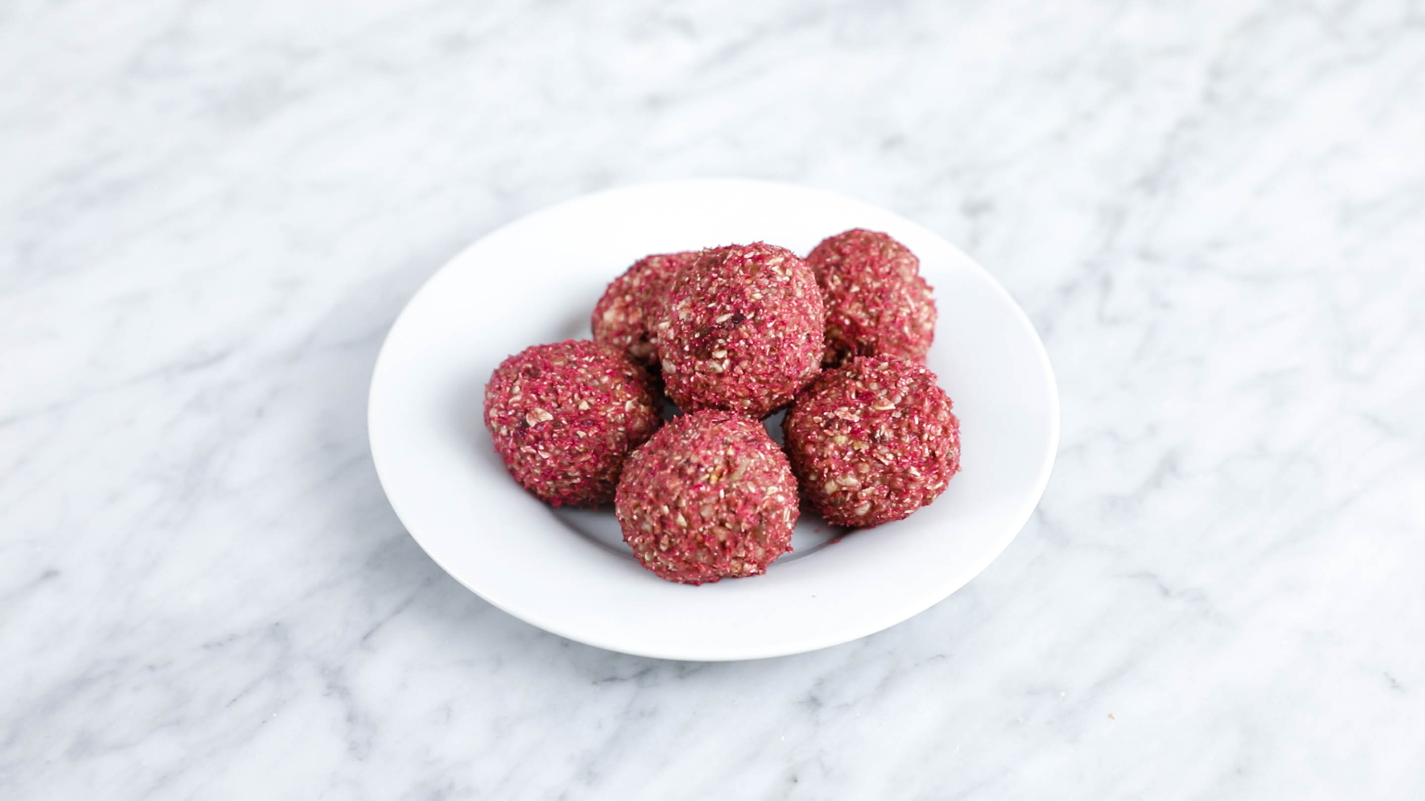 peanut butter raspberry power balls