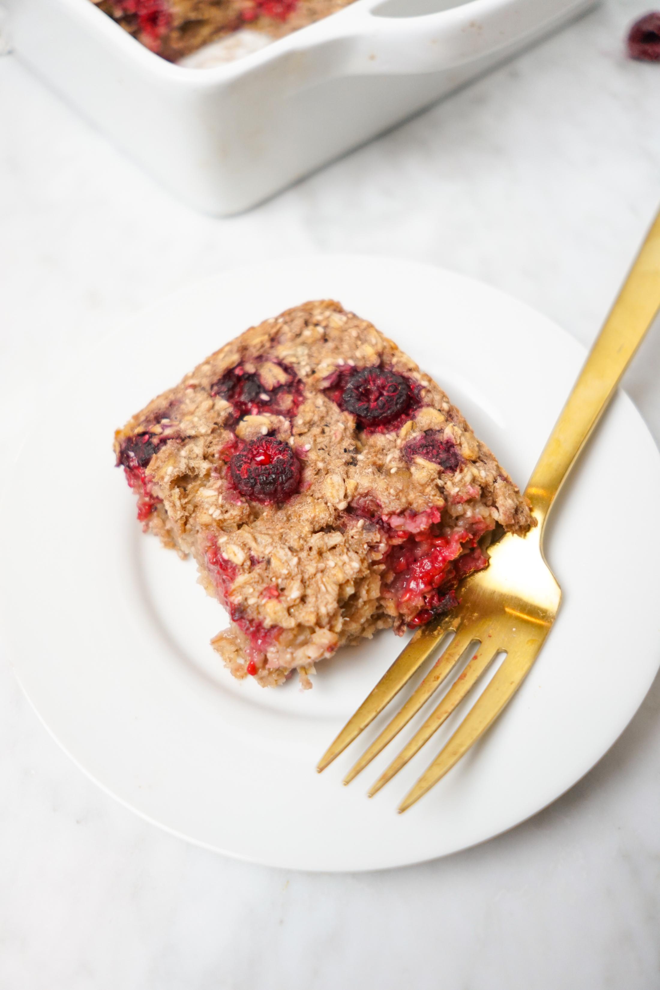 Raspberry Oatmeal Bake