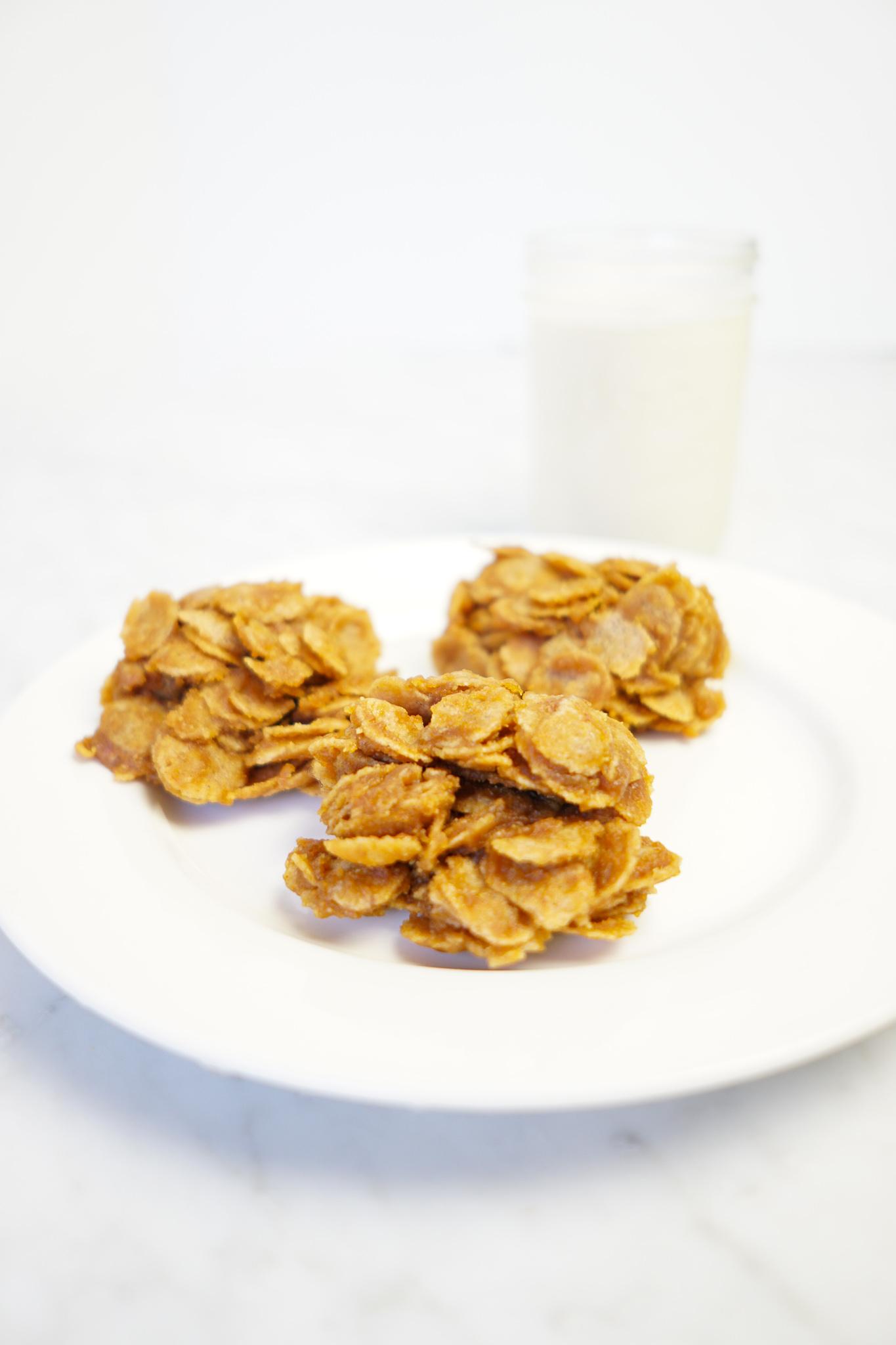 peanut butter pumpkin clusters