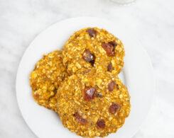 breakfast cookies plated